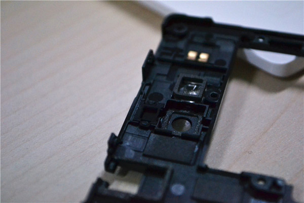 Huawei-Honor-3C-Disassembled-And-Tear-Down-image-5